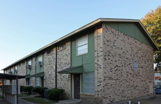 Regis Square - 1355 N Jim Miller Rd, Dallas, TX 75217