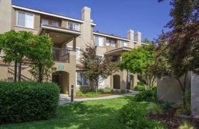 The Promenade - 5300 Case Ave, Pleasanton, CA 94566