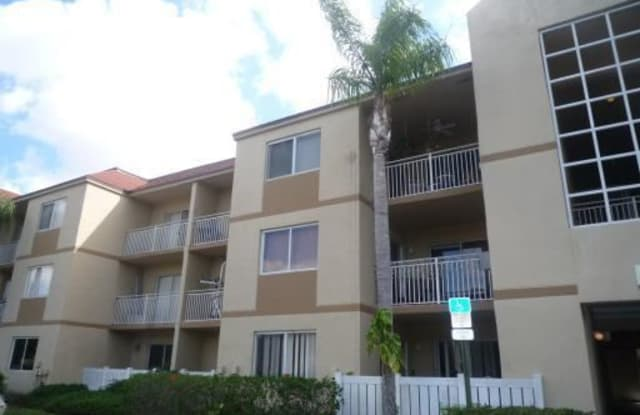 18870 NW 57 AVE #203 - 18870 NW 57th Ave, Country Club, FL 33015