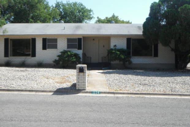 1114 Warbler Dr - 1114 Warbler Drive, Kerrville, TX 78028