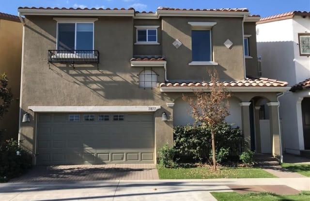 5857 Sylmar Avenue - 5857 Sylmar Avenue, Los Angeles, CA 91401