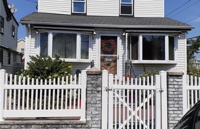 89-87 212th Pl - 89-87 212th Place, Queens, NY 11427