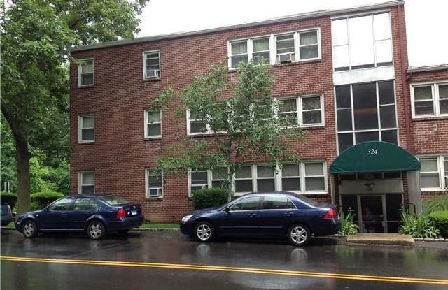 324 Strawberry Hill Avenue - 324 Strawberry Hill Avenue, Norwalk, CT 06851