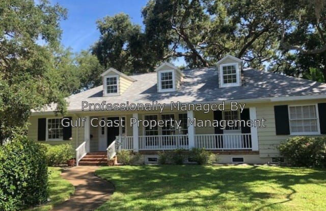 1585 South Dr - 1585 South Drive, Sarasota, FL 34239