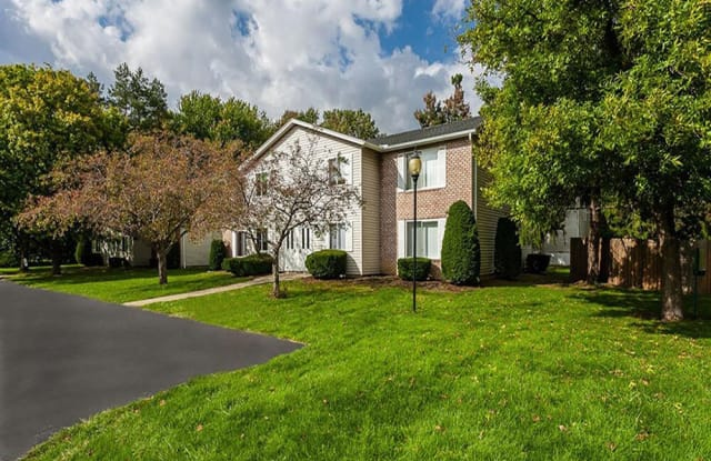 Newcastle - 176 Kingsberry Dr, Rochester, NY 14626