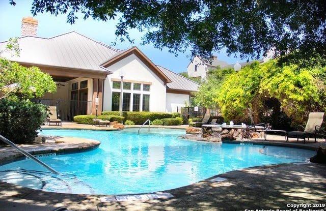 7342 Oak Manor Dr - 7342 Oak Manor Drive, San Antonio, TX 78229