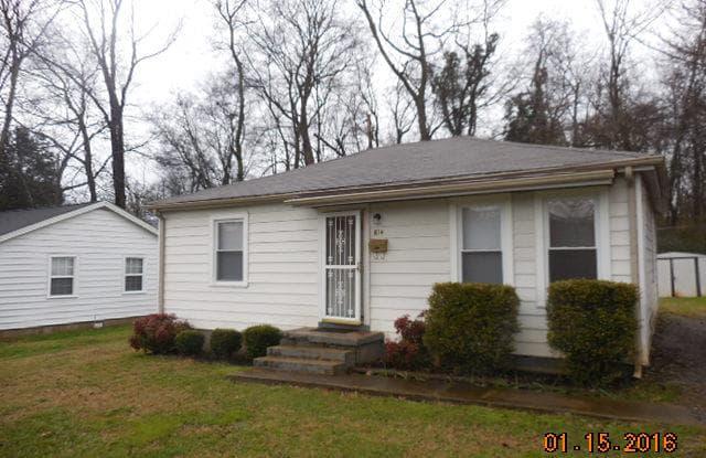 614 Gracey Avenue - 614 Gracey Avenue, Clarksville, TN 37040