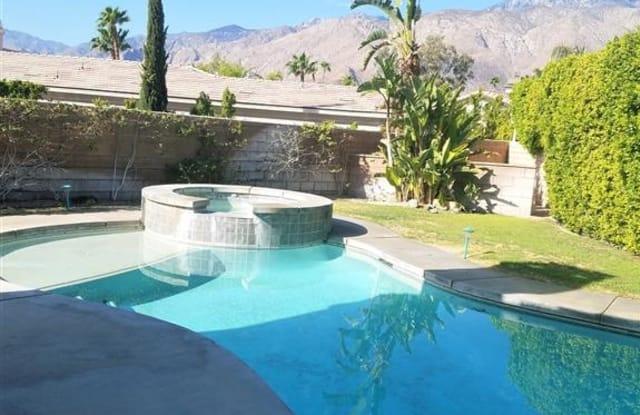 1421 Amelia - 1421 Amelia Way, Palm Springs, CA 92262