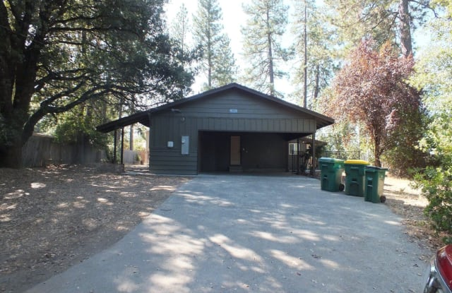 4606 South Point Road - 4606 South Point Road, Diamond Springs, CA 95619