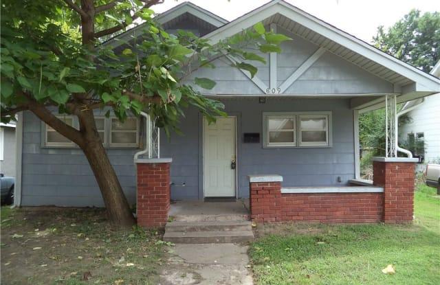 609 W Ford Street - 609 West Ford Street, Shawnee, OK 74801