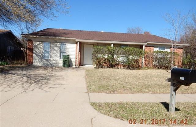 1201 Brook Hill Lane - 1201 Brook Hill Court, Arlington, TX 76014