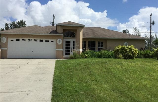 1127 SW 29th ST - 1127 Southwest 29th Street, Cape Coral, FL 33914