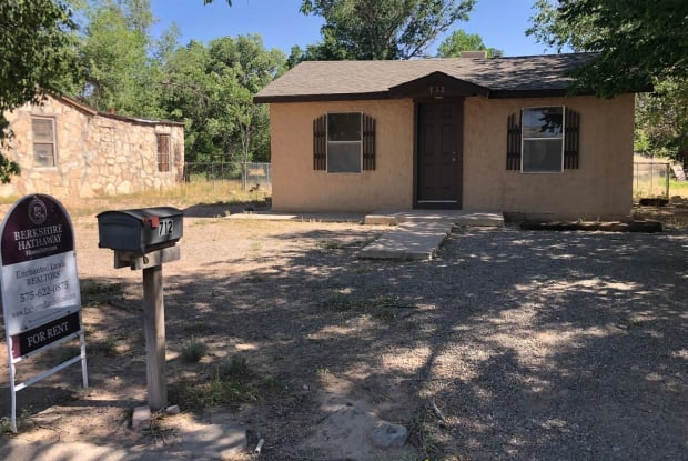 712 W 12th - 712 West 12th Street, Roswell, NM 88201