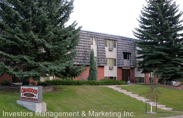 Cedarwood MSU Apartments - 1400 8th Street Northwest, Minot, ND 58703