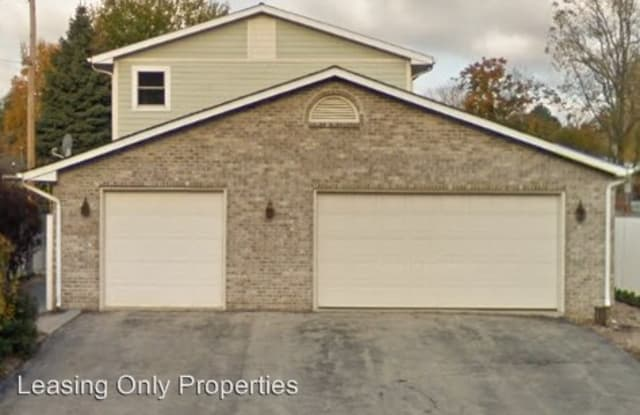 617 S Cogswell Drive, Rear - 617 Cogswell Drive, Silver Lake, WI 53170
