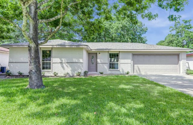 16626 Forest Bend Avenue - 16626 Forest Bend Avenue, Friendswood, TX 77546