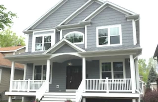 809 Home Avenue - 809 Home Avenue, Oak Park, IL 60304