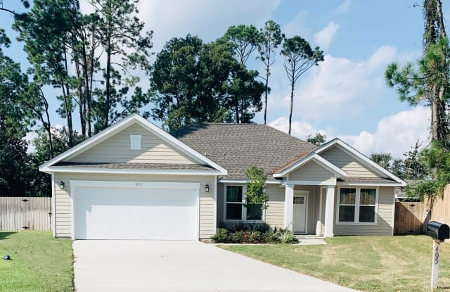 405 Greenwood Court - 405 Greenwood Court, Upper Grand Lagoon, FL 32407