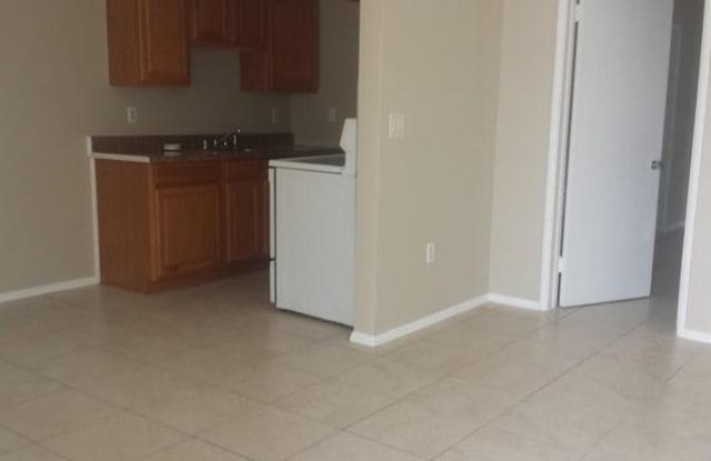918 11Th Ave N - 918 11th Avenue North, Lake Worth, FL 33460