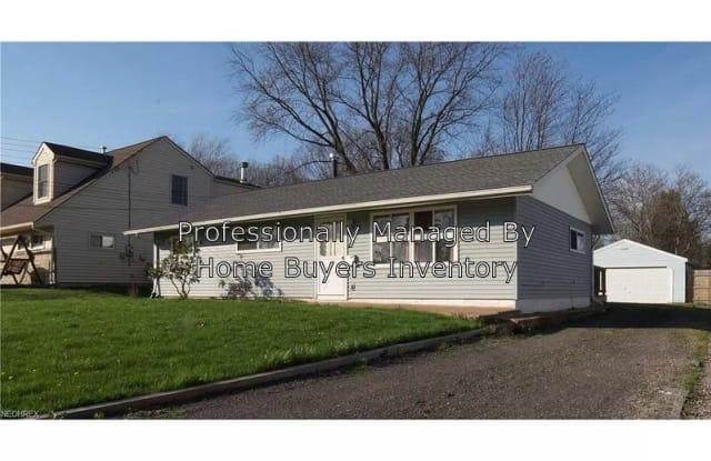 457 S Edgehill Ave - 457 South Edgehill Avenue, Austintown, OH 44515