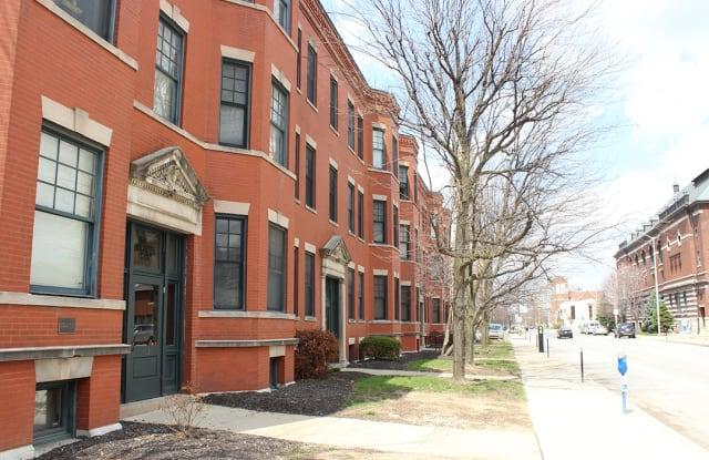 Lockerbie Court - 459 Massachusetts Ave, Indianapolis, IN 46204