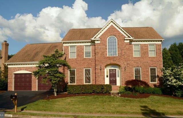 6202 SANDSTONE WAY - 6202 Sandstone Way, Centreville, VA 20124
