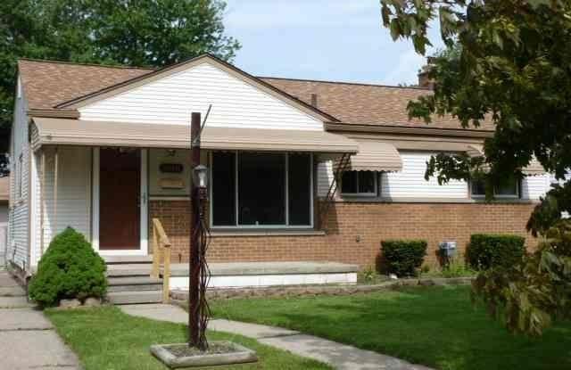 26041 Bryan - 26041 Bryan Street, Roseville, MI 48066