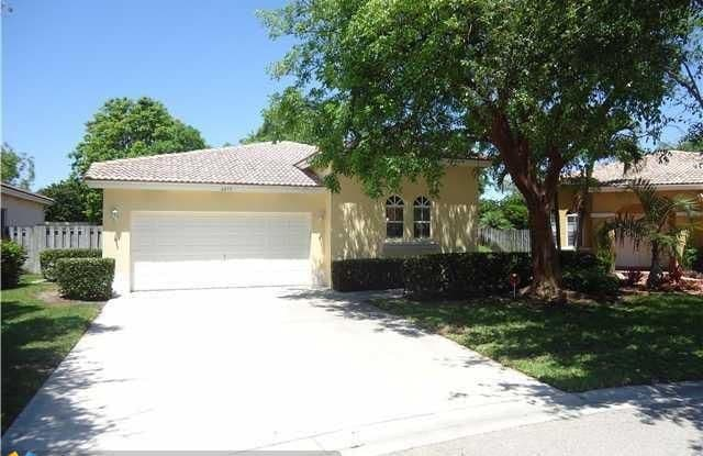 4475 NW 45TH TER - 4475 Northwest 45th Terrace, Coconut Creek, FL 33073