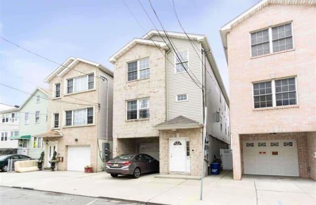 207 CONGRESS ST - 207 Congress Street, Jersey City, NJ 07307