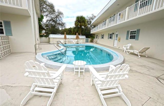 900 Jasmine Lane - 900 Jasmine Lane, Vero Beach, FL 32963
