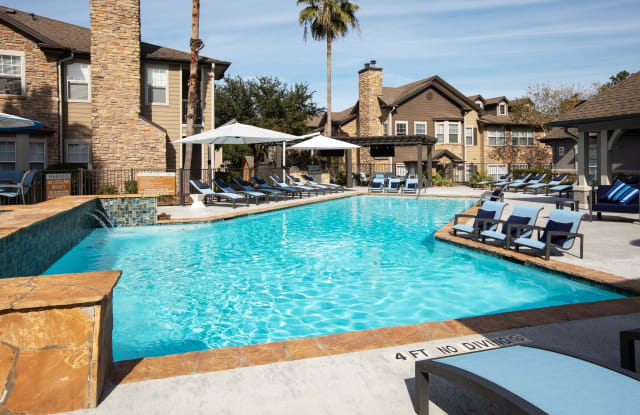 Artisan at Lake Wyndemere - 2109 Sawdust Rd, The Woodlands, TX 77380