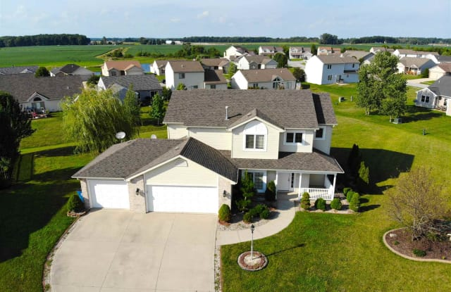 12426 Cliff View Ct Court - 12426 Cliff View Ct, Huntertown, IN 46818