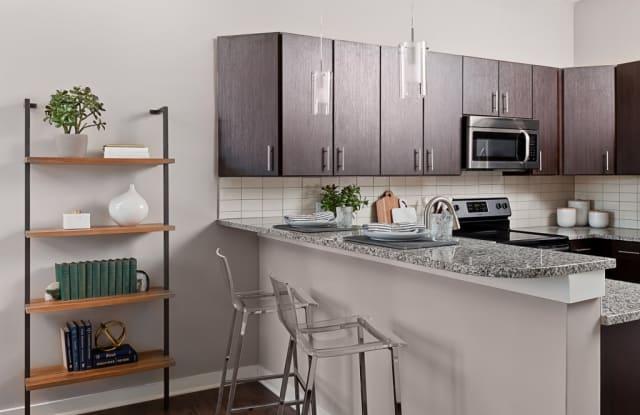 757 North Apartments - 757 N Chestnut St, Winston-Salem, NC 27101