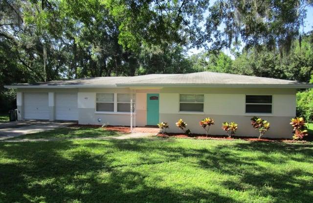415 Park Ridge Ave - 415 Park Ridge Avenue, Temple Terrace, FL 33617