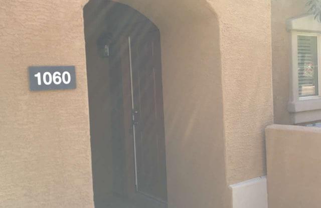 240 W JUNIPER Avenue - 240 W Juniper Ave, Gilbert, AZ 85233