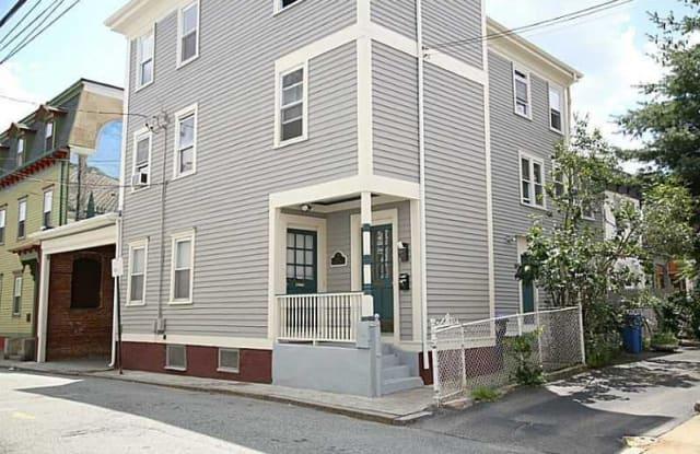 12 Pequot Street - 12 Pequot Street, Providence, RI 02903