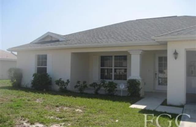 642 Dauphine AVE S - 642 Dauphine Avenue South, Lehigh Acres, FL 33974