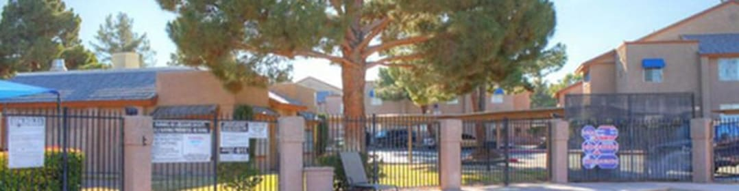 Woodlake Villa Apartments