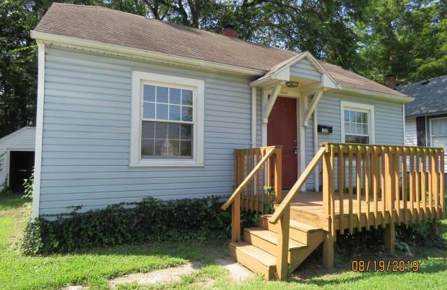 1620 E Commercial St - 1620 East Commercial Street, Springfield, MO 65803