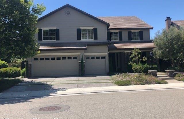 26465 Horsetail St - 26465 Horsetail Street, Murrieta, CA 92562