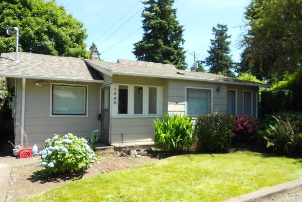 4508 North 97th Avenue - 4508 NE 97th Ave, Portland, OR 97220