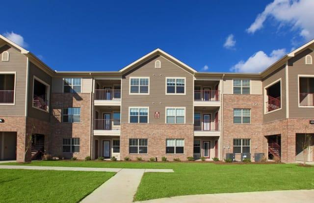 Woodcrest Apartments - 1682 N Lobdell Ave, Baton Rouge, LA 70806