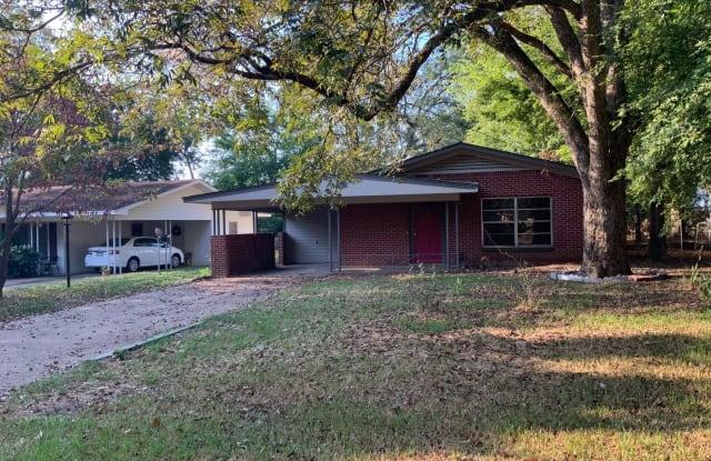301 Tipton St. - 301 W Tipton St, Atlanta, TX 75551