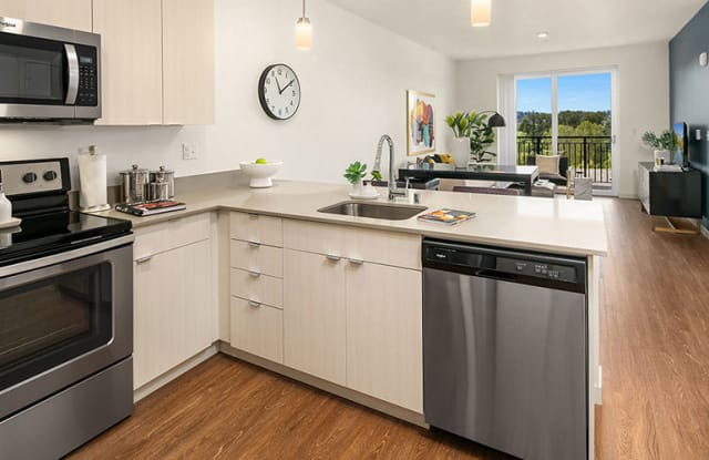 The Bond Apartments - 6180 E Lake Sammamish Pkwy NE, Redmond, WA 98052