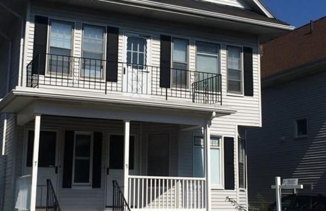5 Bradford Ave Unit 1 - 5 Bradford Avenue, Medford, MA 02155