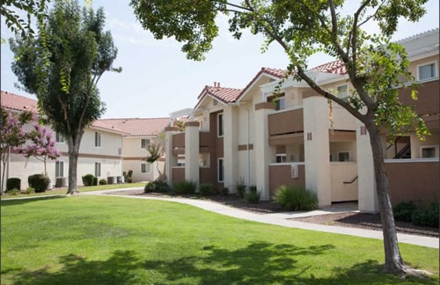 Income Restricted - Casa Velasco Apartments - 4050 N Fruit Ave, Fresno, CA 93705