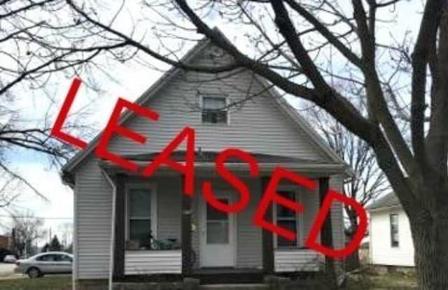 1147 E. Carroll - 1147 East Carroll Street, Macomb, IL 61455