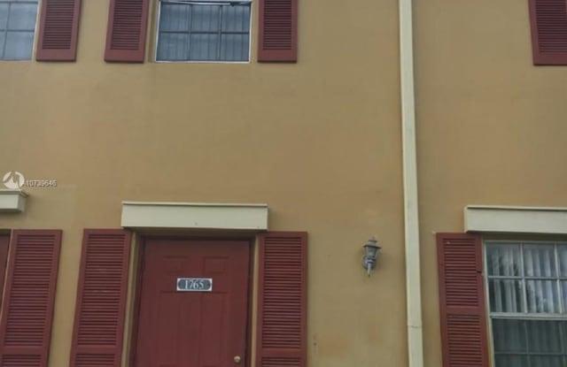 1765 SW 81st Ter - 1765 Southwest 81st Terrace, Davie, FL 33324