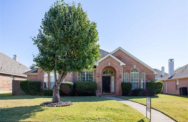 4552 Oak Shores Drive - 4552 Oak Shores Drive, Plano, TX 75024