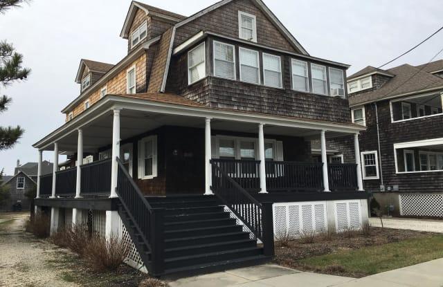 680 Main Avenue - 680 New Jersey Highway 35, Bay Head, NJ 08742